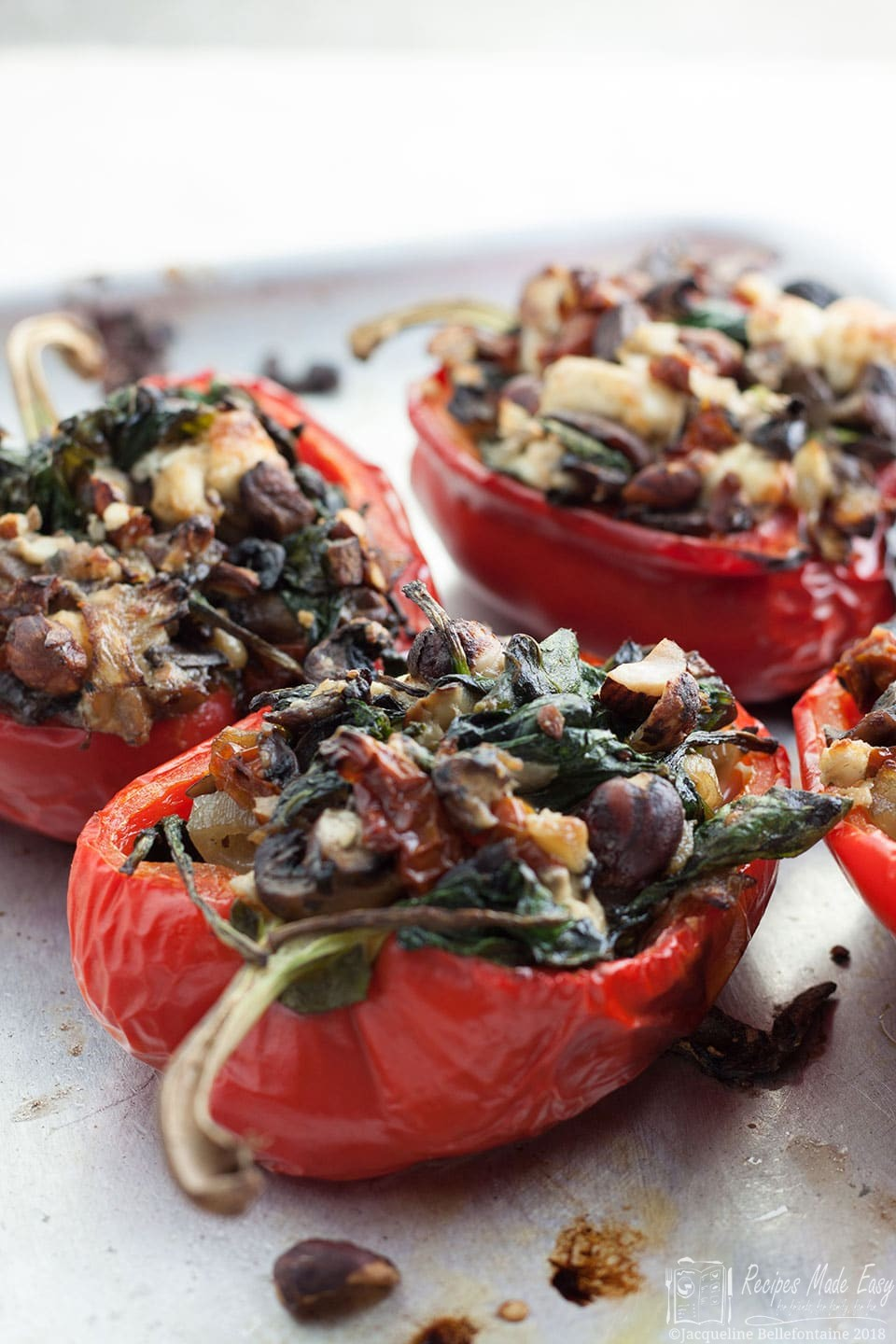 stuffed-peppers-with-mushroms,-spinach-and-feta – a simple and delicious super dish/