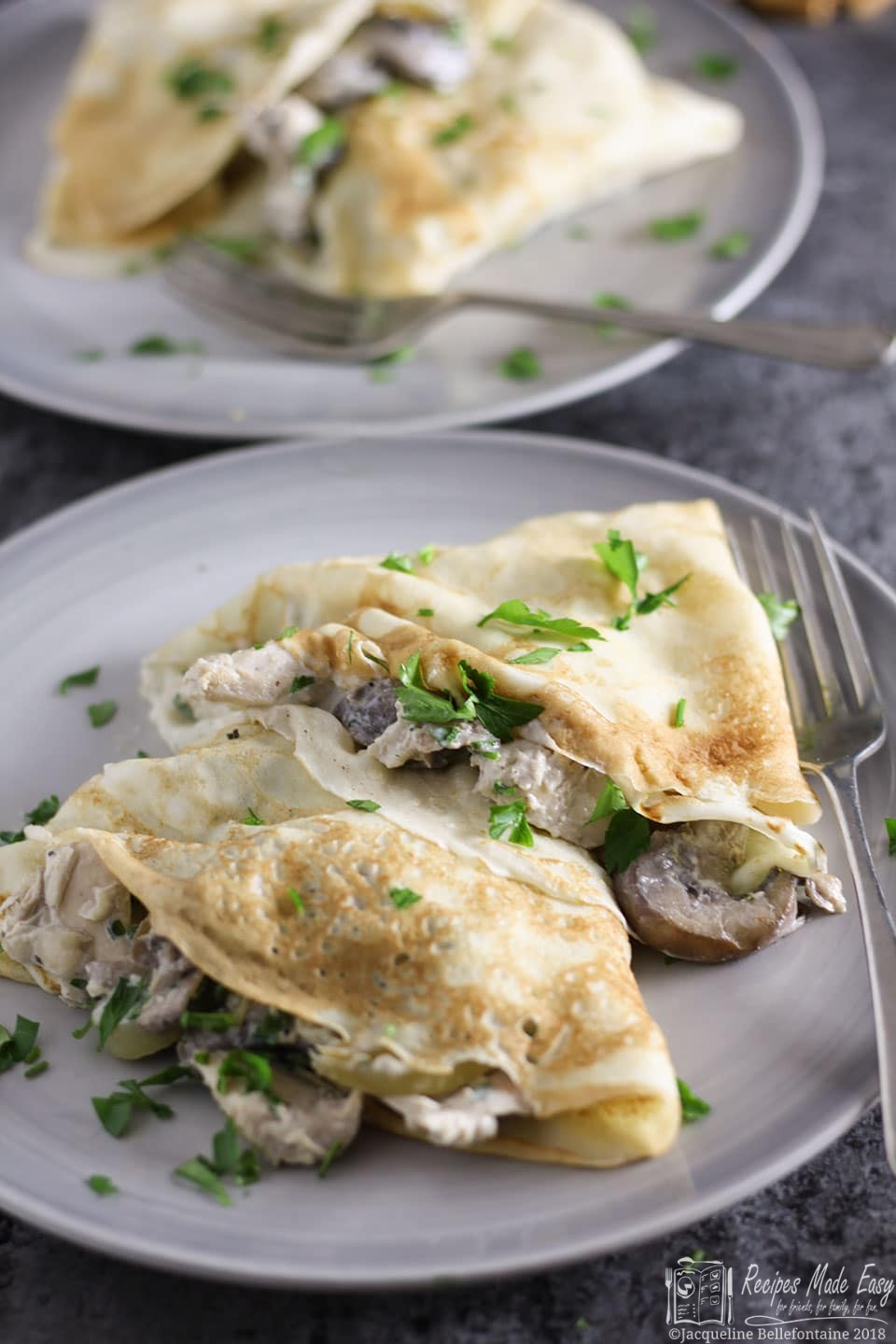 Quick and easy to make savour pancakes filled with a creamy, garlic chicken and mushroom filling